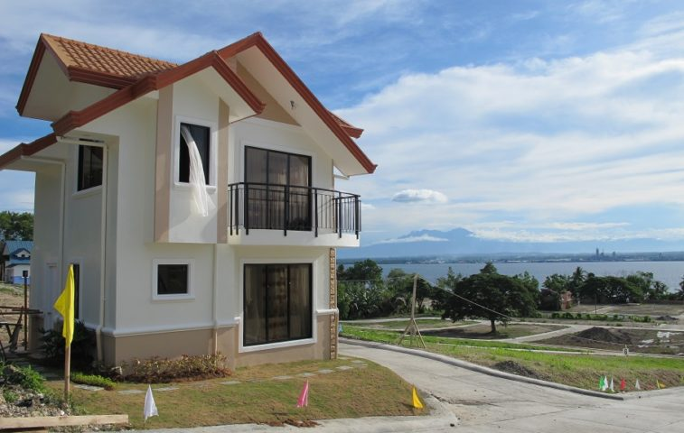 HFS 352 property in Davao City
